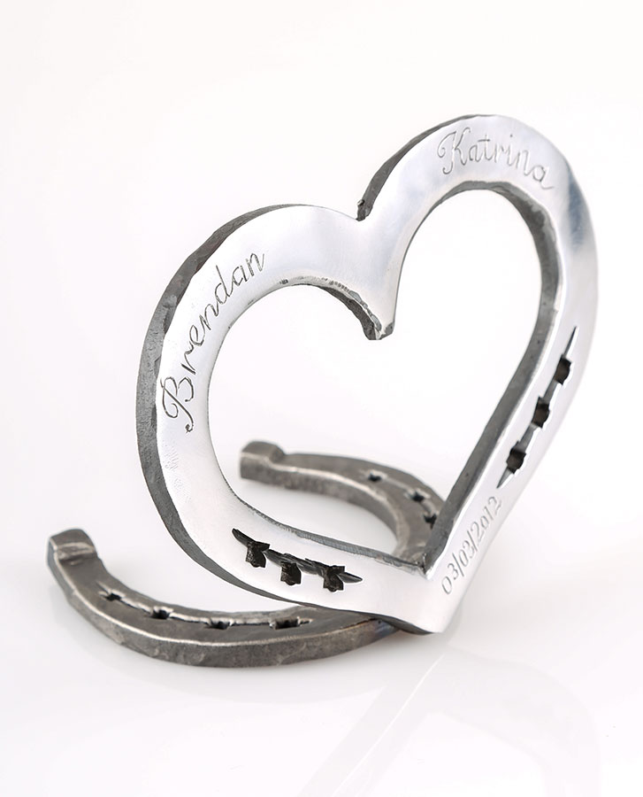 loveheart horseshoe with horseshoe base