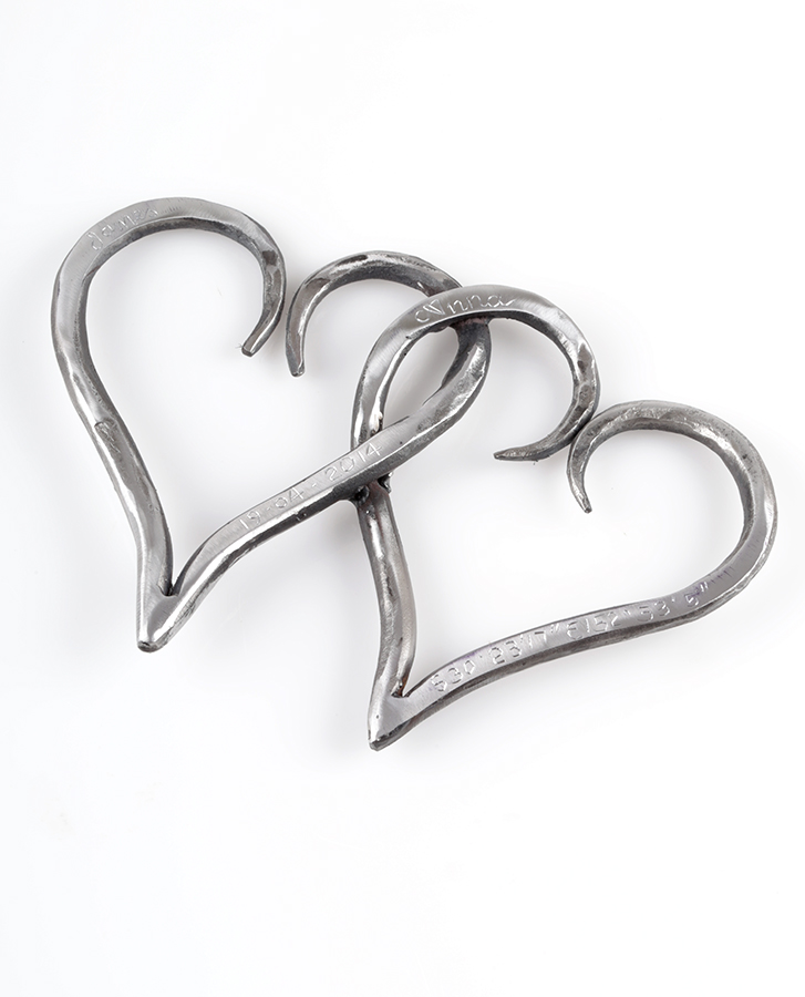 Intertwined lovehearts - the perfect gift for 6year anniversary, wedding gift or valentine